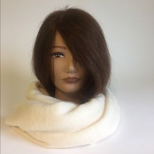 New Nordstrom 100% Cashmere Ivory Scarf
